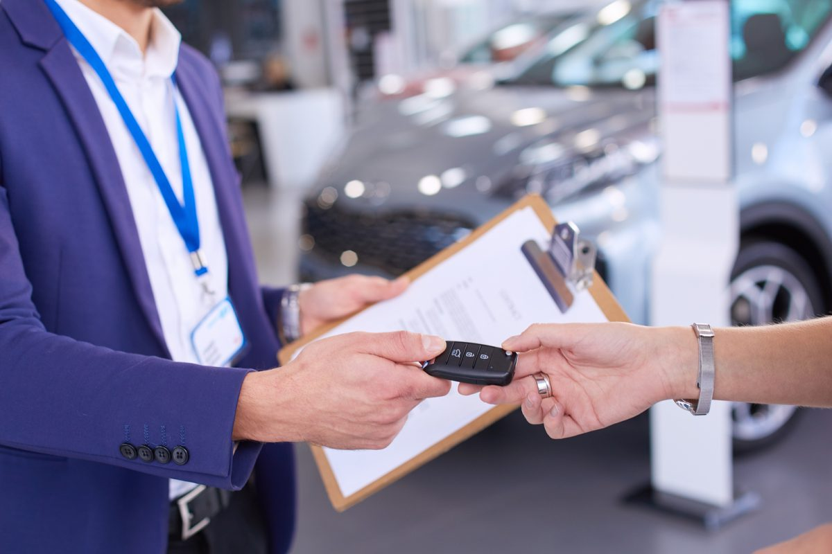 How to Become a Car Dealer in California